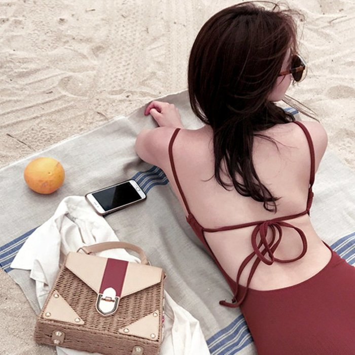ins網紅同款 復古酒紅色露背綁帶性感修身顯瘦小胸溫泉連體泳衣女 YPJ衣品居