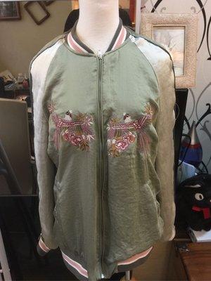 Zara橫須賀刺繡外套