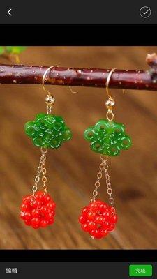 紅珊瑚碧玉耳環。                                       Red coral jasper earrings
