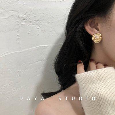 花宿手作加州鳶尾花 法式冷淡風金屬珍珠耳環 花朵不規則香港氣質小眾百搭
