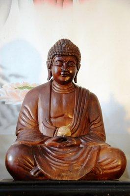 【準提坊】莊嚴無比的阿彌陀佛,釋迦牟尼佛,日本回流精品紅檜木雕,高約47.5公分,龍宮舍利