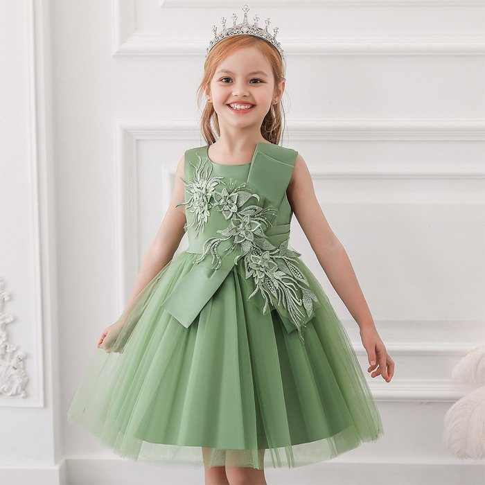 •*~ 辣媽咪衣飾小舖 ~*•❤童裝系列❤K970510韓版大童夏款甜美清新時尚蓬蓬蕾絲亮片可愛公主禮服公主洋裝