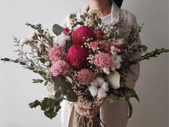 D99。桃色系乾燥捧花。森林大捧花。台北歡迎自取。西門【Flower&House花藝之家】