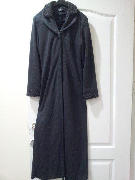 [CoCo部屋] -*3折清倉價-630元(原價1980元)~精品專櫃~個性黑灰色風衣版毛呢長大衣~(九成九新)