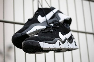 【吉米.tw】Nike 情侶鞋 Air Barrage Low 黑色 復古大勾勾 大AIR Cd7510-001 MAR