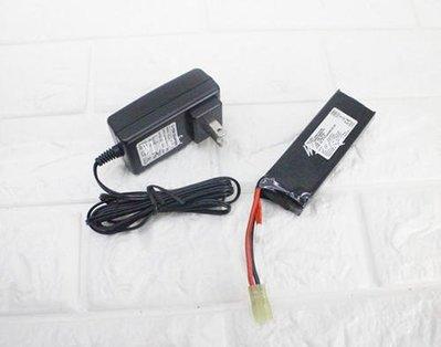 [01] 11.1V 鋰電池 標準型+ 11.1V 充電器 (M4A1鋰鐵充電電池EBB AEG電動槍AR步槍BB槍