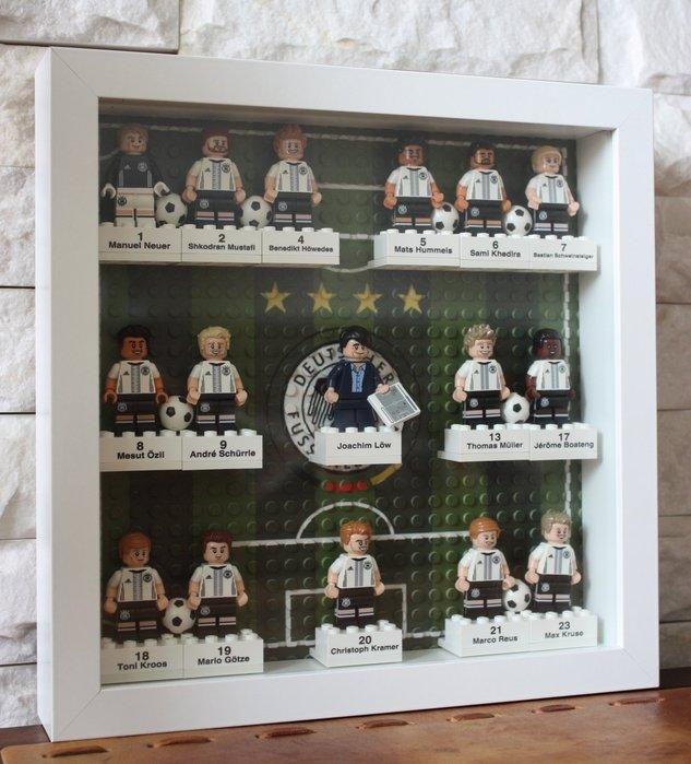 【LEGO 樂高 積木】DFB德國足球隊71014 相框 ( 含: 立體相框一個 + 姓名磚16個 + 印刷底板一個)