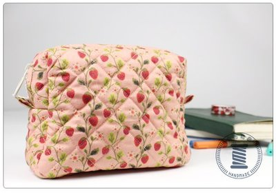 ✿小布物曲✿手作菱格紋化妝包- 精巧手工車縫製作 進口布料質感超優