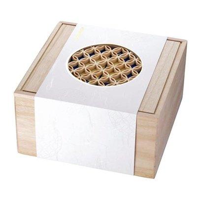 【大囍本舖】STARBUCKS 星巴克╱窗花木製盒╱限量典藏加送買一送一卷兩張