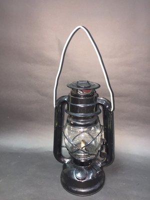 早期手提油燈(全新品)