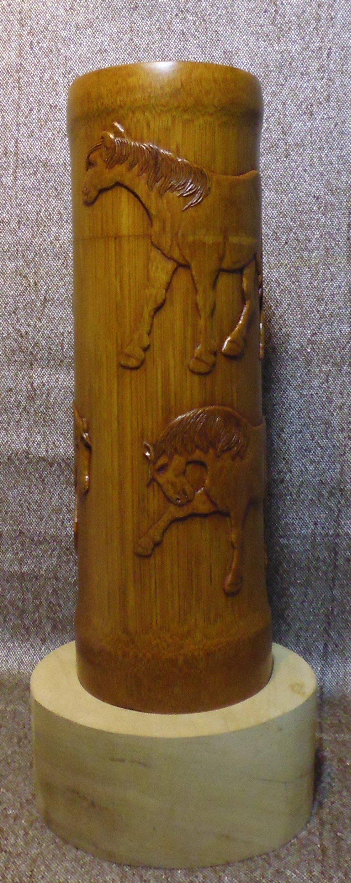 竹雕-竹刻-孟宗竹-竹罐-茶葉罐-馬-駉駉牧馬-雕刻-浮雕-薄地陽文工坊-高26cm徑9x8.5cm