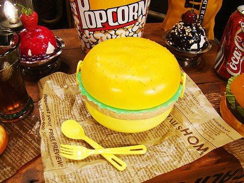 (I LOVE樂多)美國進口 漢堡造型餐盒 野餐 餐具 裝飾擺飾送禮皆可