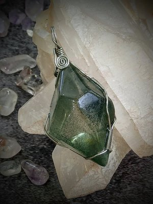 綠幽靈水晶手綁吊墜(AE010)