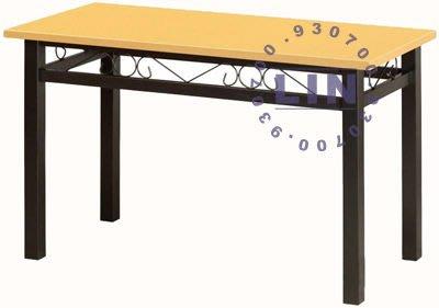 【品特優家具倉儲】P455-05餐桌洽談桌富貴角管烤黑腳餐桌