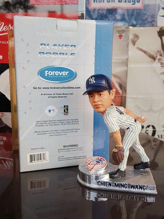 《金塊》MLB洋基隊 王建民 CHIEN-MING WANG 限量編號 FOREVER 搖頭公仔 收藏 珍藏