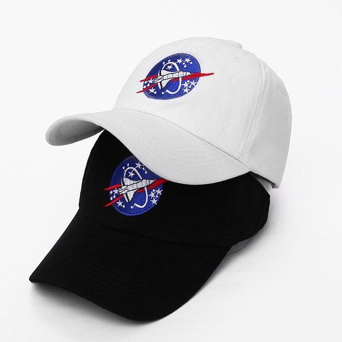 FIND 韓國品牌棒球帽 男女情侶 時尚街頭潮流 太空人刺繡 帽子 太陽帽 鴨舌帽 棒球帽