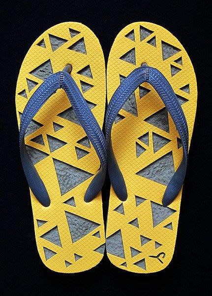 休閒鞋海灘鞋夾腳拖鞋涼鞋像版畫模板又似木雕刻的橡膠雕刻文創藝術品004【心生活美學】