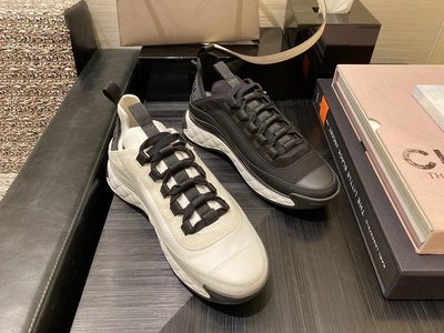✤寵愛Pamper for you✤CHANEL黑白拼色運動鞋休閒鞋