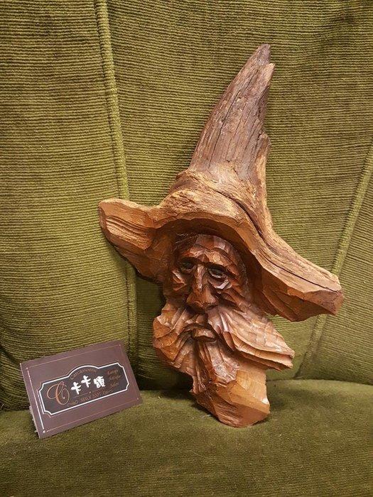 【卡卡頌 歐洲跳蚤市場/歐洲古董】歐洲老件_手工雕刻 巫師 魔法師 人像 木藝品 掛飾 w0135✬