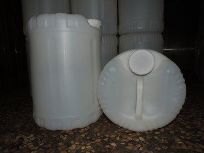 25公斤儲水桶 塑膠桶 水桶 水缸 油桶 手提水桶 四方桶 圓桶 新北市