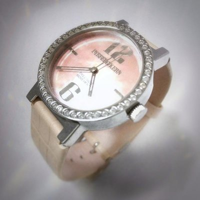 DYRBERG/KERN 丹麥名牌 鑽圈腕表 粉錶帶