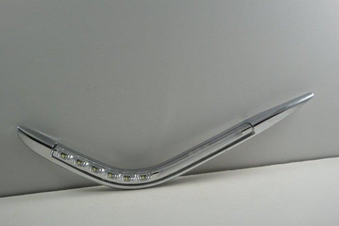 金強車業 LUXGEN納智捷  U6 2014-ON  日行燈 改裝後視鏡殼(素材NP) 雙功能側燈 小燈 方向燈