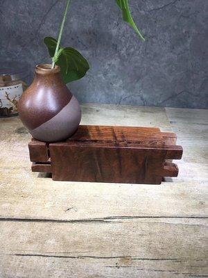 老撾大紅酸枝,精品 隨形座 木樣 紙鎮,紋路油性一流 無膠無漆  檯B14