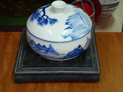 """典藏一隻優雅高貴的""""青花""""陶瓷 所生產的汽鍋,品相完整漂亮"""