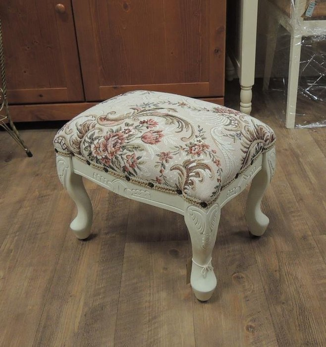 溫馨小舖 J&J STORE 法式鄉村風沙發矮凳  緹花布椅凳 白色椅凳 軟墊穿鞋椅 實木雕刻花布虎腳椅 白色矮凳