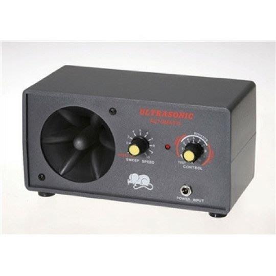 SafePRO® 超音波驅鼠器、超聲波驅蟲器-家用型30坪適用-台灣製造(110V)