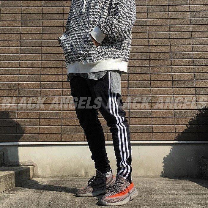 「現貨出清-L號」 歐美潮流 簡約風格 經典三條白槓 黑底白條 運動棉褲 收窄褲管 BOOST350 VANS FOG