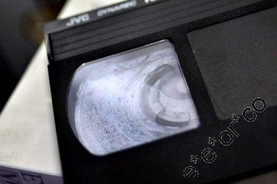 oO VHS 轉 VCD / DVD / MP4 Oo 把握光陰 Oo 回憶是無價! 時間可令他們 (錄影帶) 永久消失!
