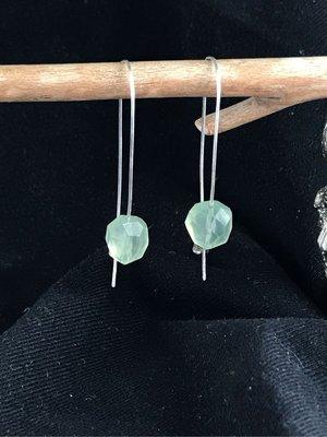 🌹輕寶石 天然葡萄石 925銀打造的長版耳環 現貨在台北