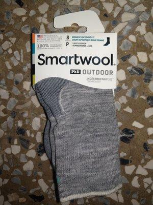 Smartwool PhD outdoor 輕量避震厚底羊毛襪 女款