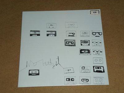 黃小楨-No Budget-這張專輯當年是以卡帶的形式限量200張發行,2009年以CD形式重新發行-全新未拆