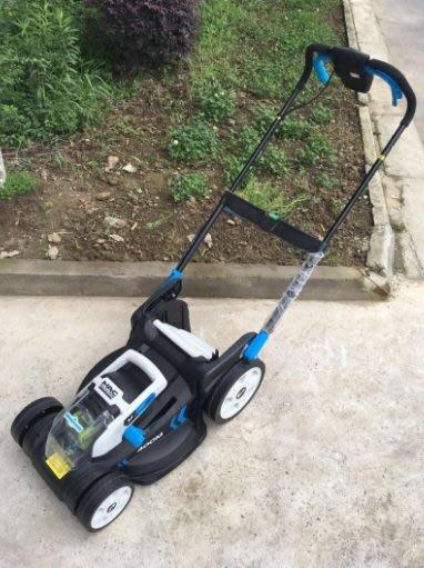 除草機:割草機充電型DC36V鋰電割草機
