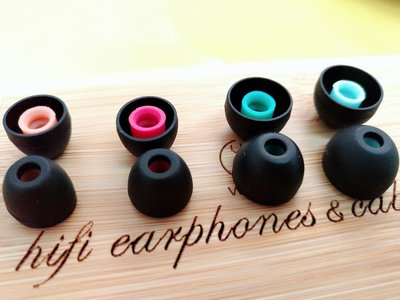 「Cecile音樂坊」新款加厚單節套,孔徑4MM~ 4對耳套的價格~~大中小 小小號~~