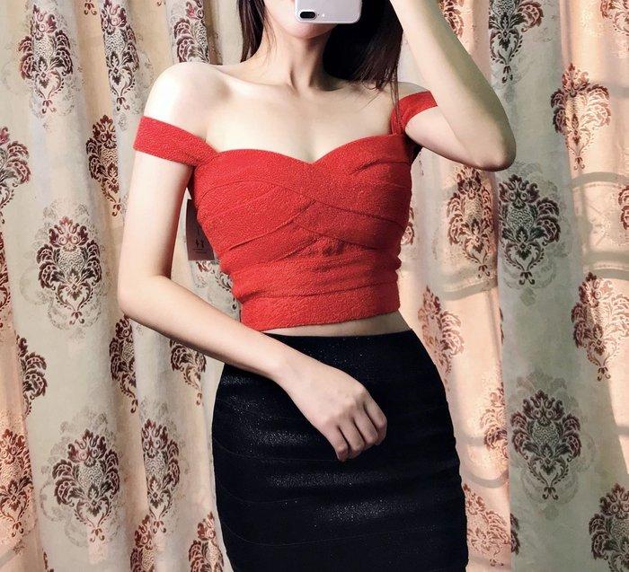 Nie Sansa 【預購】 素色紅細條繃帶百搭繃帶小可愛 上衣短款 吊帶背心