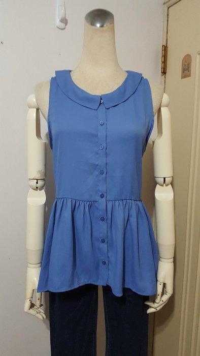 日本LOWRYS FARM品牌天藍色接抽褶斜下襬無袖衫L號*250元直購價*