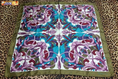 【J&K嚴選】義大利 絲巾 純絲 圖騰大絲巾 女款-顏色:拼色【特賣】LV來自星星的你