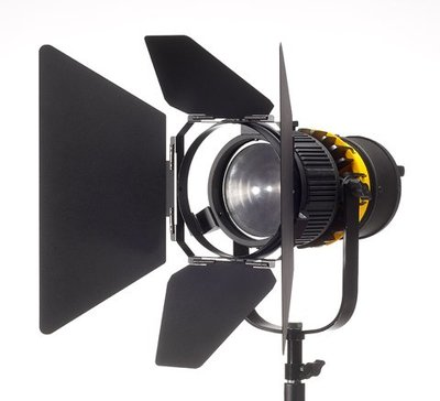 彩色鳥(租 LED聚光燈 ZOOM 10)租 VISIO ZOOM B100-D LED 錄影燈 白光5400K 可V電 台北市