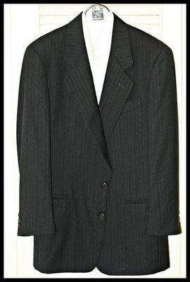 歐碼48真品【Gianfranco Ferre】深鐵灰細藍條紋單排兩扣羊毛西裝