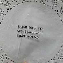 圓形花襯纸墊//摟空蕾絲纸// 烘焙用吸油紙// 花邊紙//包裝紙--大的70元
