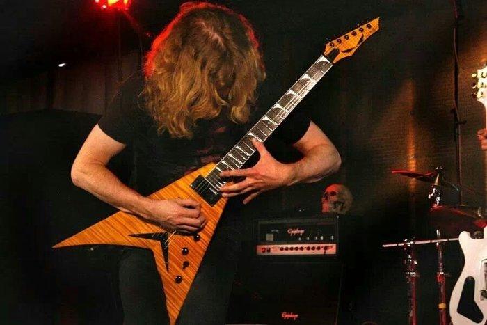 美廠DEAN Megadeth 吉他手 Dave Mustaine 簽名琴限量150支
