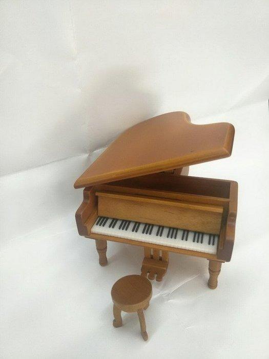 ╰☆美弦樂器☆╯淺棕色平台鋼琴造型音樂盒