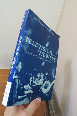 【英文舊書】[大傳] Television and its Viewers 電視對受眾之影響-涵化理論實證研究