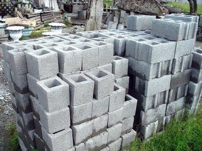 【路卡傢飾~園藝造景】庭園 空心磚 19*19*19  植草磚 圍牆磚 建築用水泥板 石板 水泥柱 陰井