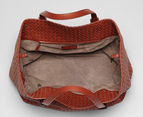 Bottega Veneta 272154 Intrecciato Nappa Tote 大型編織托特包6381 Canyon 大峽谷紅 0a991cbbc2f5e
