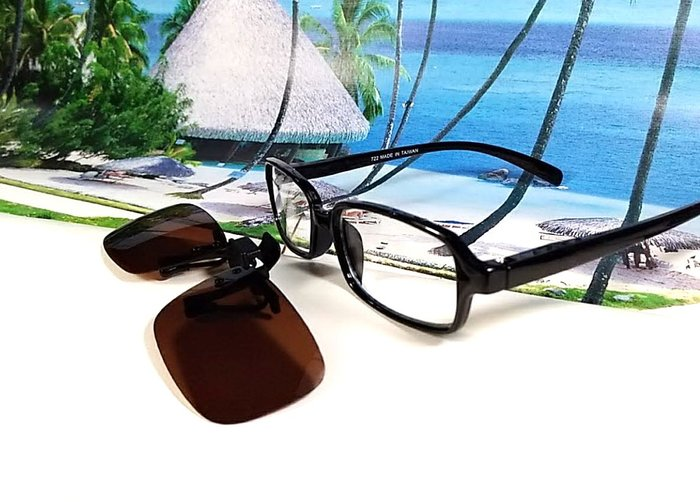 天王星精品 偏光太陽眼鏡夾片 小型方款 34MM 掛式太陽眼鏡 輕巧 偏光夾片/ 夾式太陽眼鏡 今夏必備 開車 休閒必備