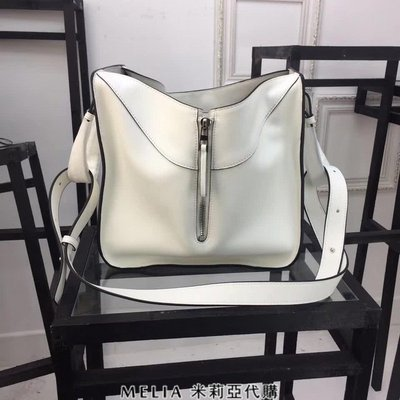 Melia 米莉亞代購 專售正品 2018ss 羅意威 LOEWE 變形包 see u later 購物包 白色